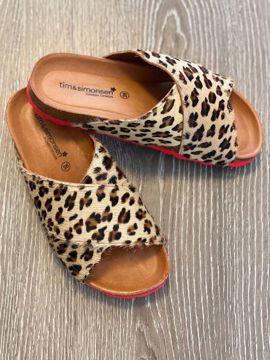 Anett sandal med leopard print